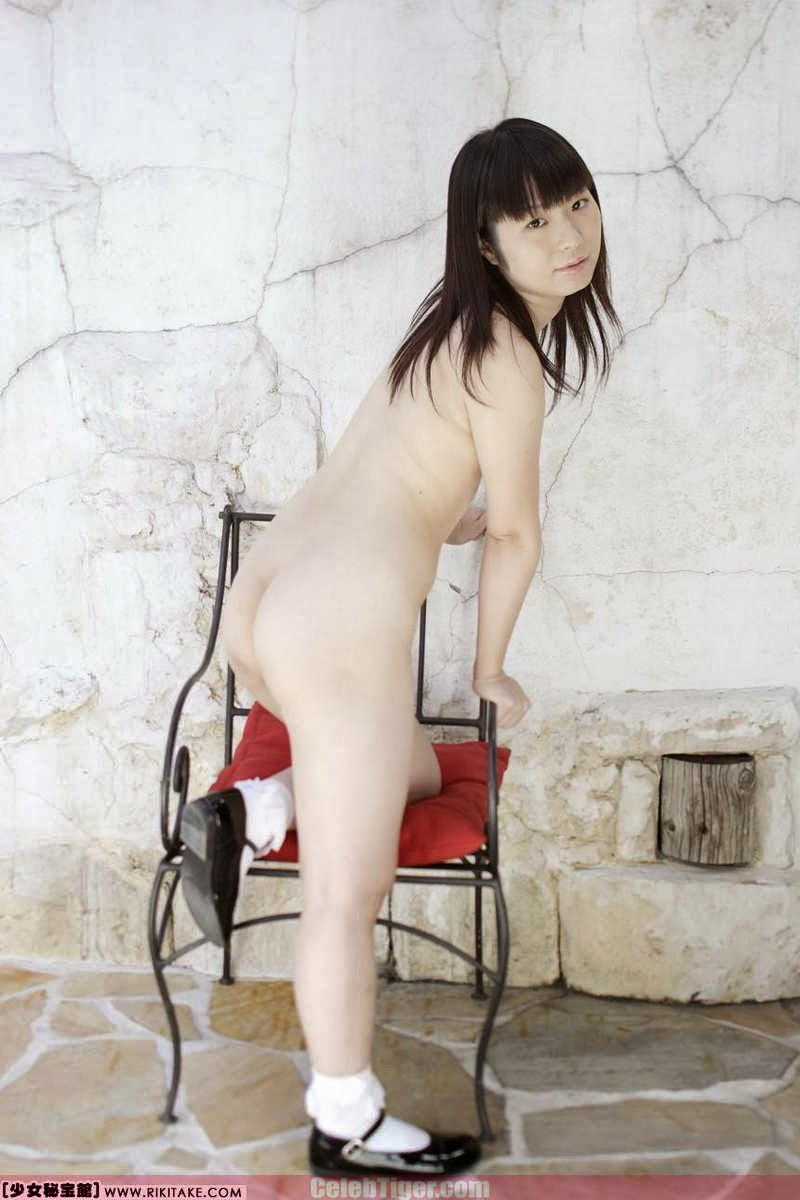 Asian School Girl Tui Kago Nude Outdoor Leaked Photos 2013  www.CelebTiger.com 154 Asian School Girl Yui Kago Nude Outdoor Photos 2013 Part 3