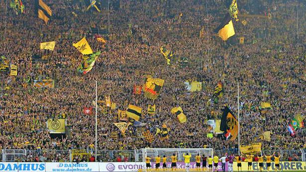 Suporter Sepakbola Paling Fanatik di Eropa