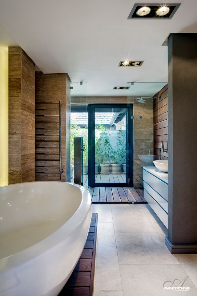 Contemporary bathroom in the Pearl Valley 276