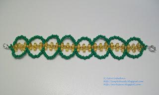 Ажурный браслет из бисера