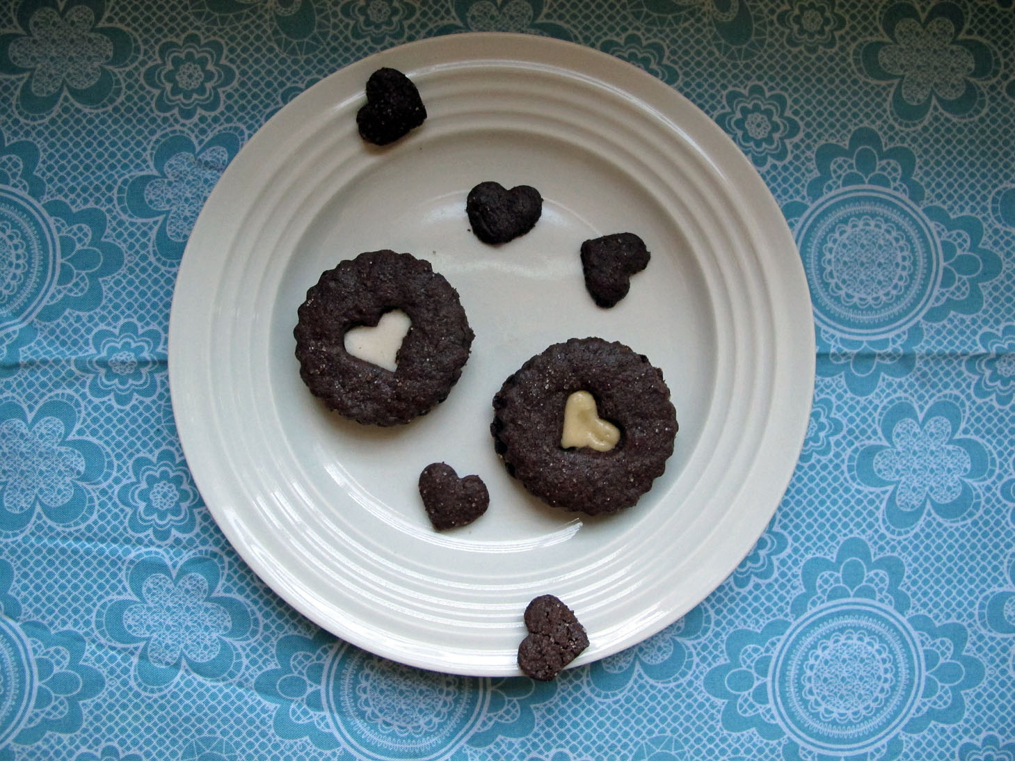 meadows cooks healthy recipes: chocolate sable linzer cookies