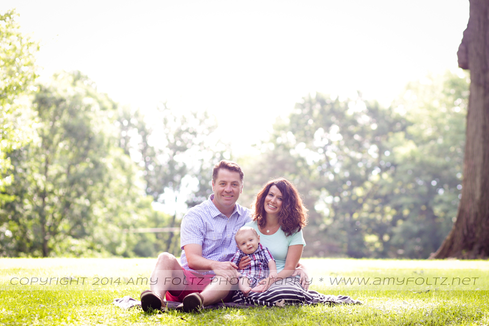 family photo session at Deming Park in Terre Haute, Indiana