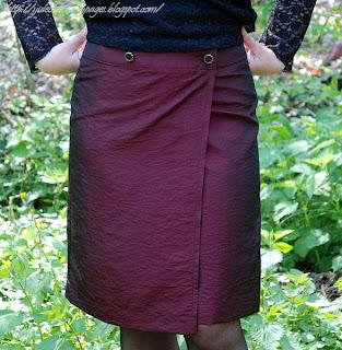 Ношу и шью прямые юбки, а так же много фото наших тюльпанов для вас