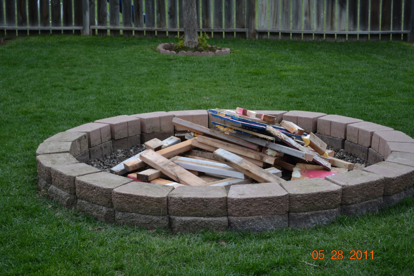 Backyard Fire Pit Plans : The Burk Family Family Fire Pit!!!!!