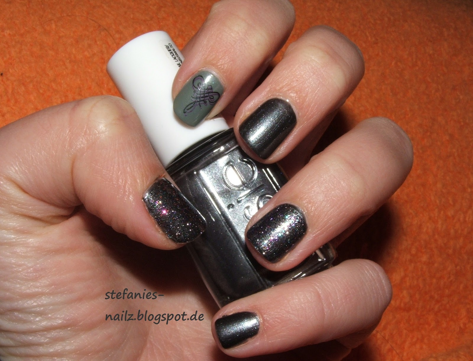 stefanie 39 s nailz graues nagellack design grey nail polish design. Black Bedroom Furniture Sets. Home Design Ideas
