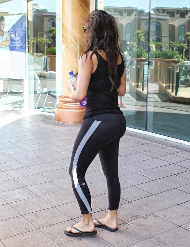 sexy girls in leggings