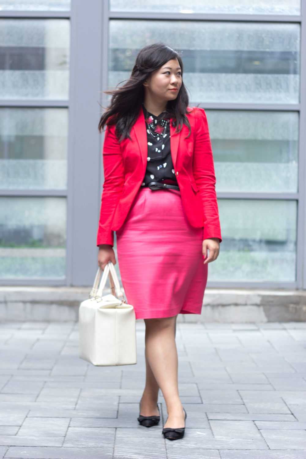 dress-for-work-tips, business-casual, Red-Blazer, pencil-skirt, heart-print-blouse