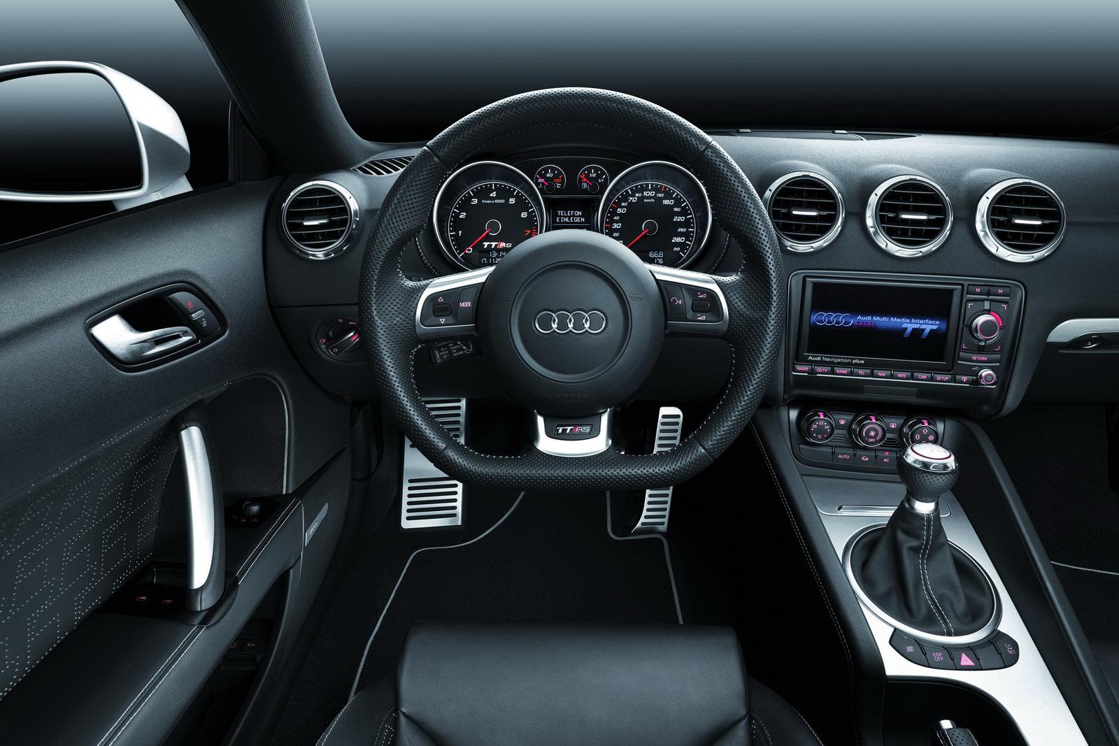 http://1.bp.blogspot.com/-AbucFC4WMOU/T-DCbceNIfI/AAAAAAAAAFU/O4rMyr3HK0c/s1600/2012+Audi+TT+RS+Interior+Dashboard+View.jpg