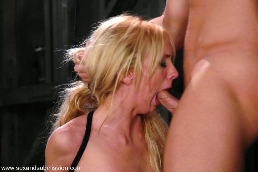 she get deep throat