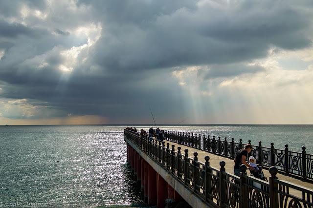 Черное море причал Адлер