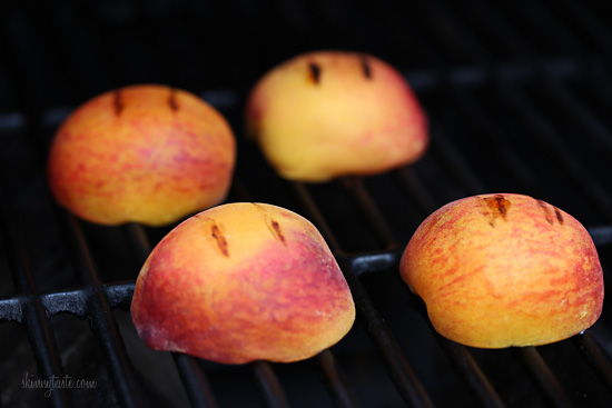 Grilled Peaches With Honey and Yogurt | Skinnytaste