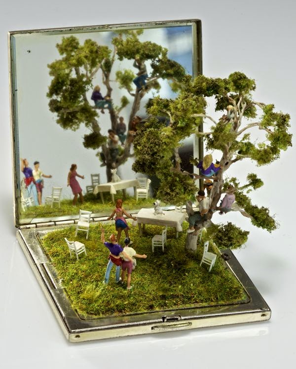 06-Kendal-Murray-Surreal-Miniature-Worlds-in-Everyday-Objects-www-designstack-co
