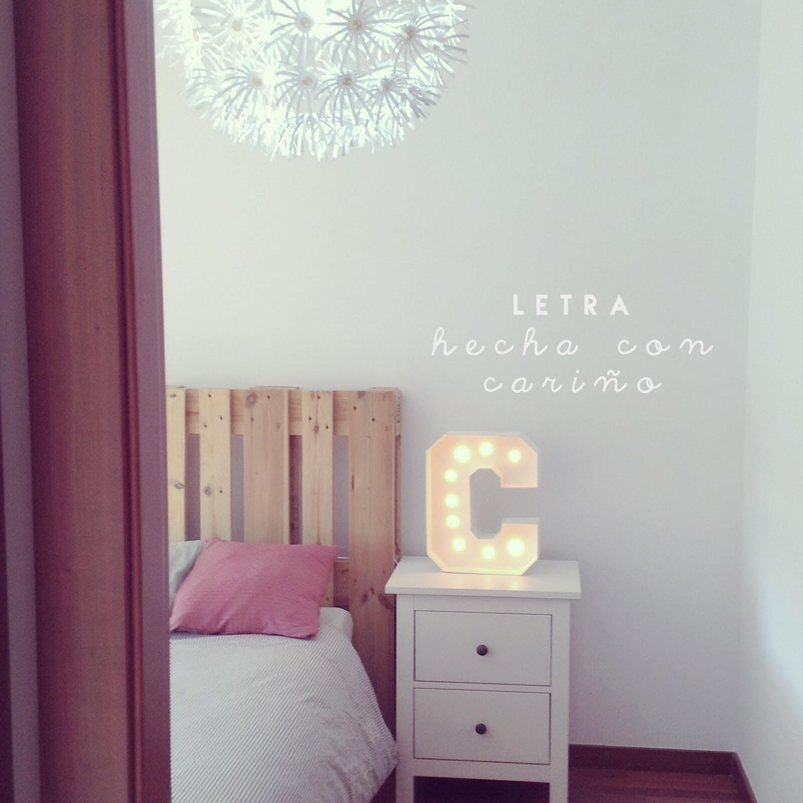 Letra con luces hecha a mano