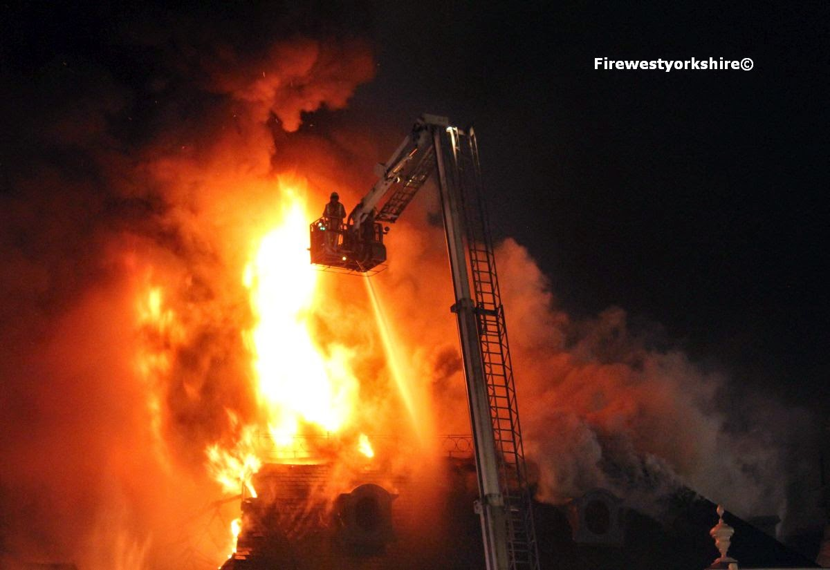 Aerial Ladder Platform in use