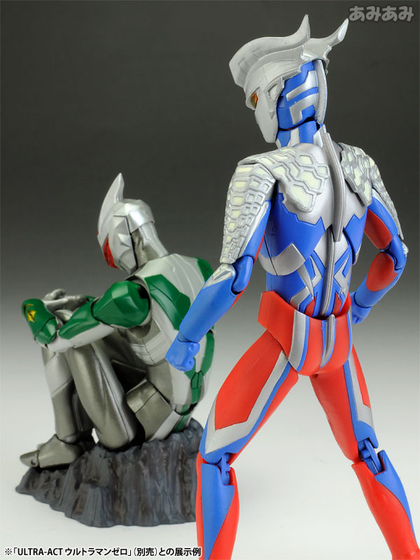 Gg figure news ultra act mirror knight ultraman zero for Mirror knight
