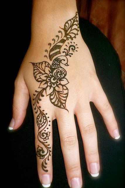 Hand Mehndi Easy Design : Simple and elegant henna tattoo designs for hands