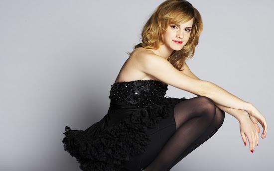 Emma Watson Hollywood Actress and Model Latest Wallpaper