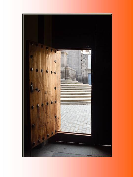 Oracion para bendici n y proteccion de la puerta del hogar for Puerta 4 del jockey