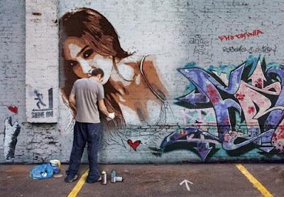 Faça o seu graffiti na parede