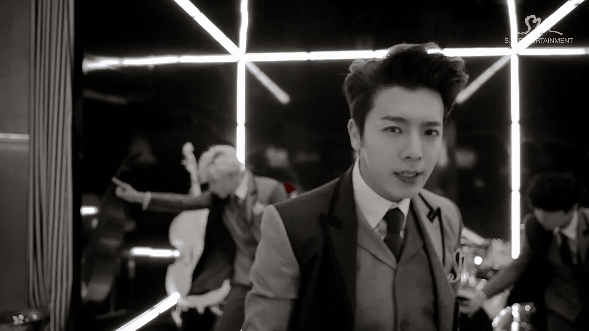 Super Junior This Is Love Donghae