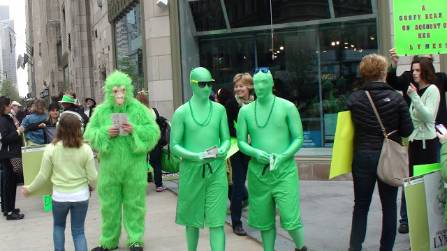 Green men in Chicago