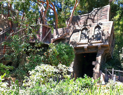 Disneyland shipwreck Pirate's Lair Tom Sawyer Island Den