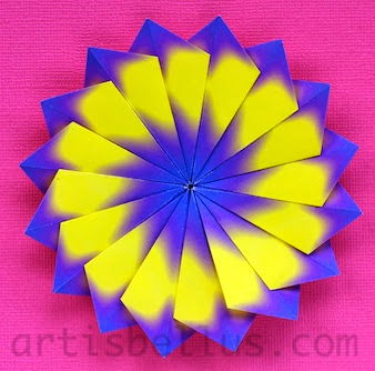 Origami Decorations: Modular Flower