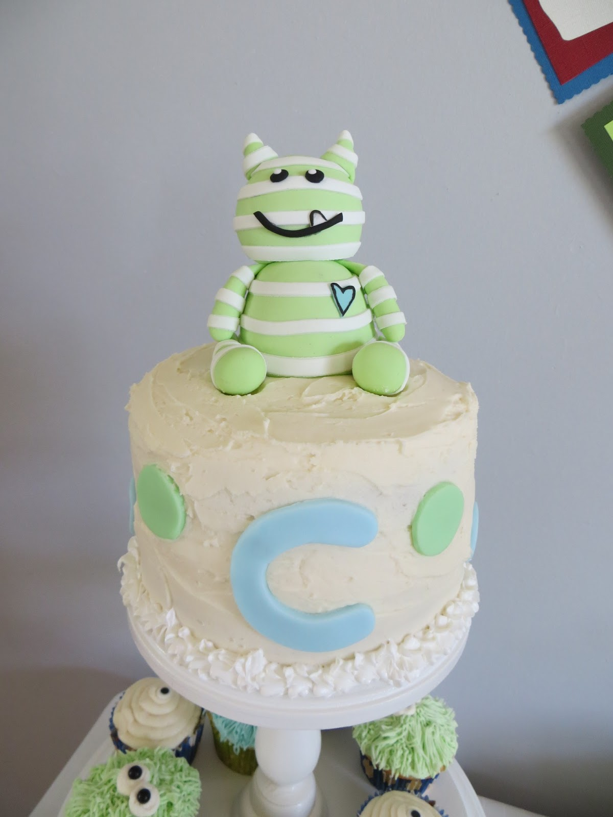 worst baby shower cakes for twins amy 39 s baby shower