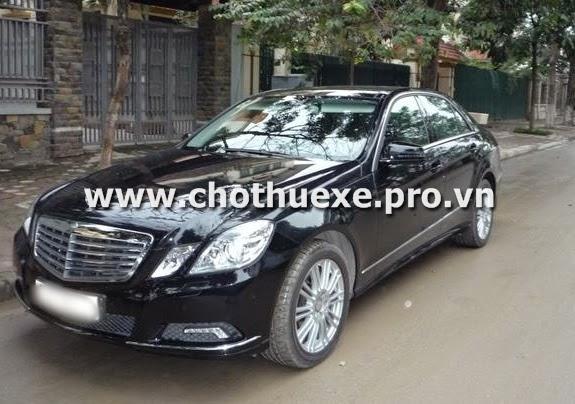 Cho thuê xe cưới Mercedes E300 hạng sang