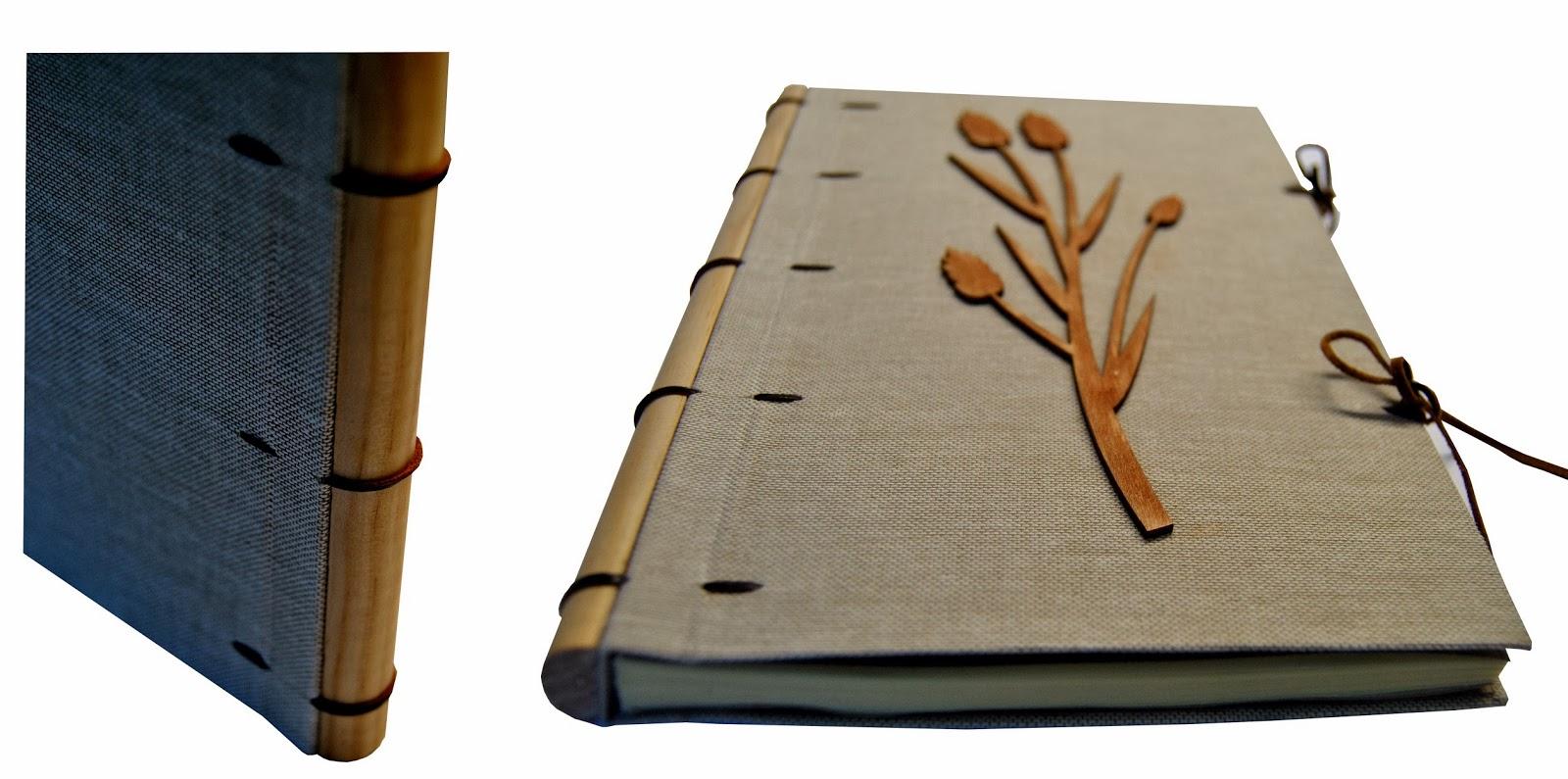 Encuadernación tela marrón lomo de madera