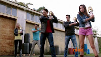 http://www.animeyokai.com.br/2014/04/power-rangers-super-megaforce-episodio_12.html