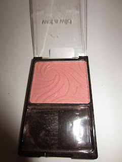wet n wild pearlescent pink swatch review
