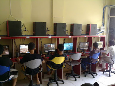Peluang Usaha Sampingan Warnet dan Game Center Minim Modal 2015