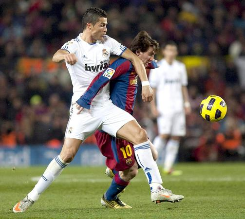 lionel messi vs ronaldo. Lionel+messi+and+cristiano