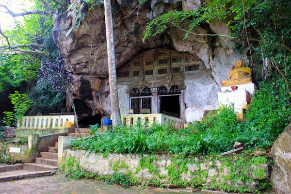 Pak Ou Höhlen - Laos