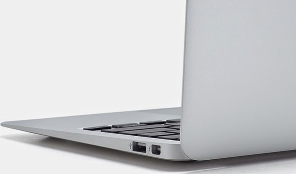 Apple MacBook Air 11 inch In 2014 3