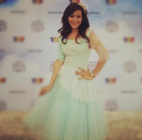 4 Gambar Erra Fazira Di Anugerah Skrin 2012
