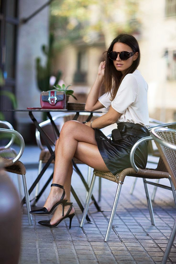 white tshirt black leather skirt outfit