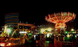 http://gallery-wisata.blogspot.com/2015/12/rekreasi-ke-taman-batu-night-spectaculer-di-malang.html