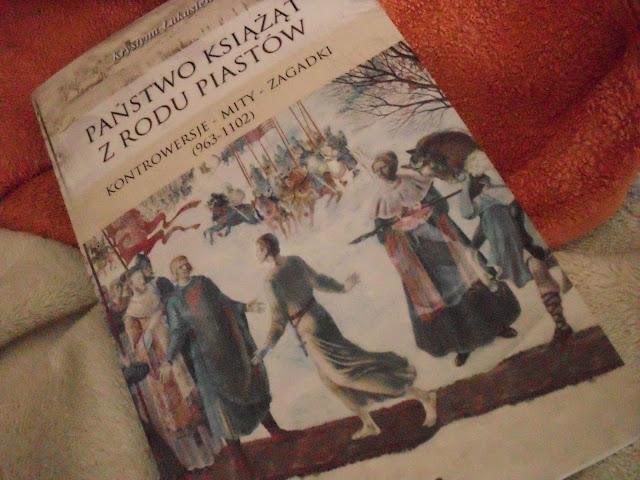 http://zaczytani.pl/ksiazka/panstwo_ksiazat_z_rodu_piastow_kontrowersje,druk