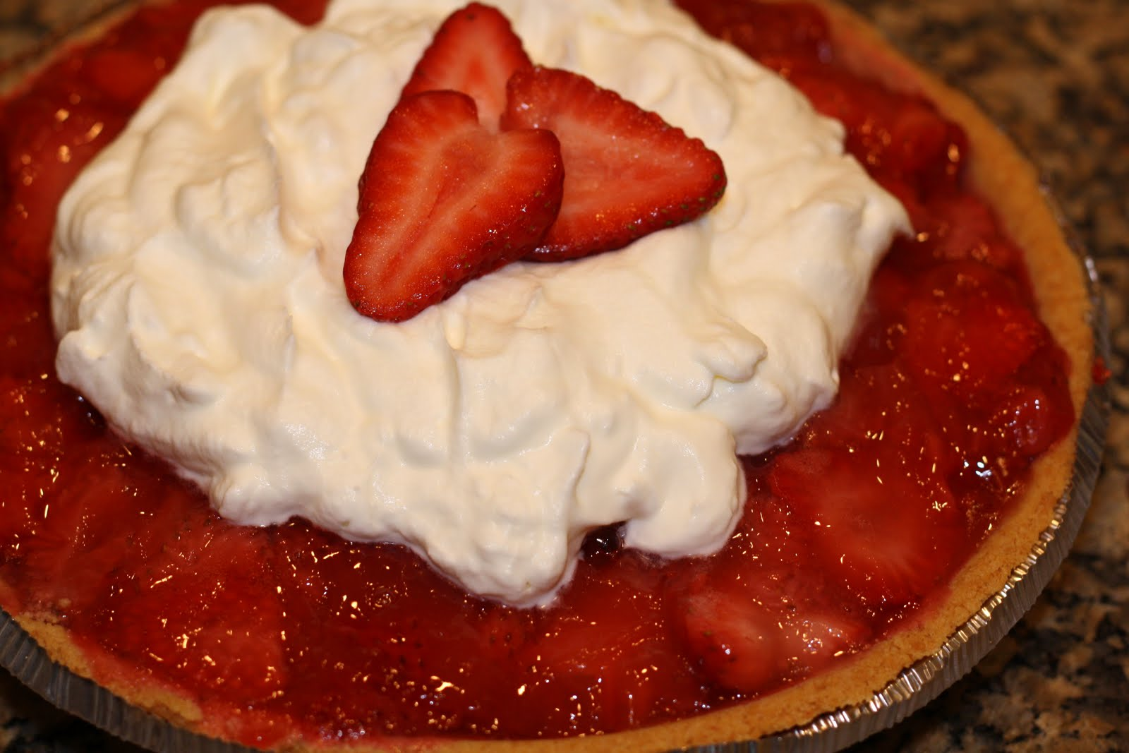 sunday sweets: easy strawberry icebox pie