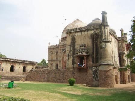 Mosk of Lodhi Garden, Delhi