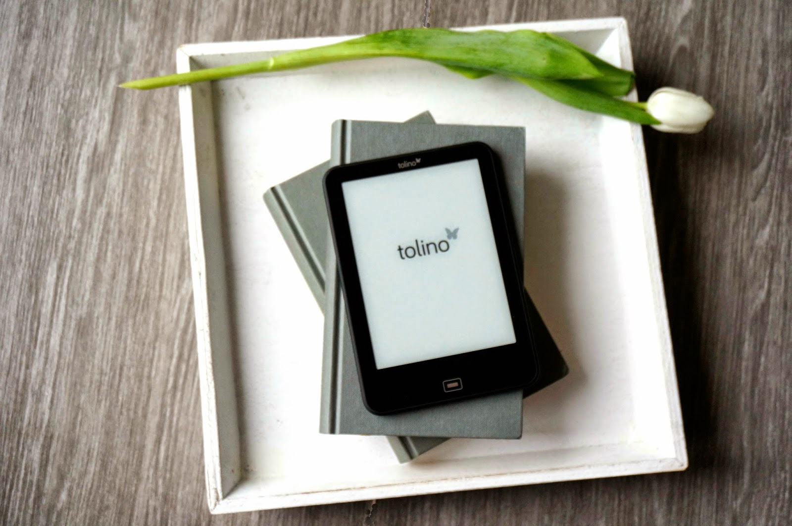 Thalia Tolino Vision 2 eBook Reader Tulpe Bücher