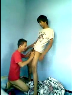 remaja gay indo ngentot di kost   download video gay