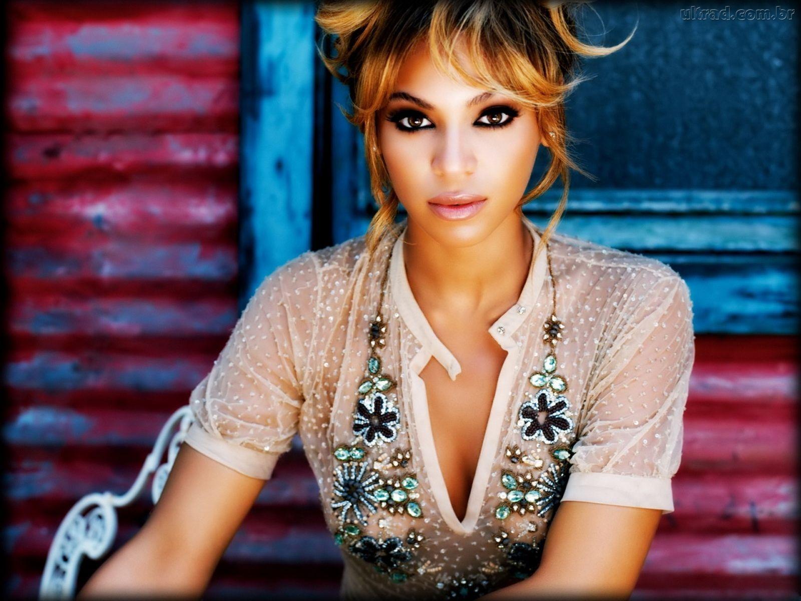 http://1.bp.blogspot.com/-Af_bIpqnDnM/Tv4erIgs-SI/AAAAAAAABYU/u4wh_mv8WtE/s1600/49285_Papel-de-Parede-Beyonce-Knowles_1600x1200.jpg