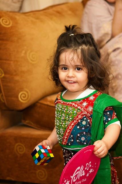 Gambar bayi dari india cantik banget