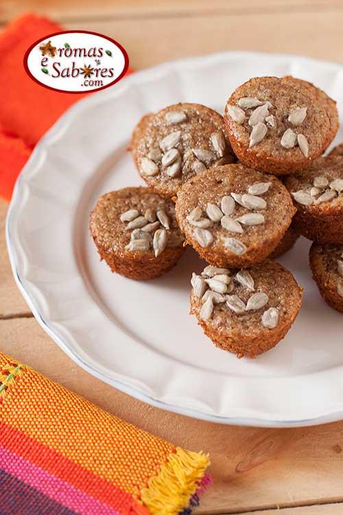 Mini muffins de banana sem glúten