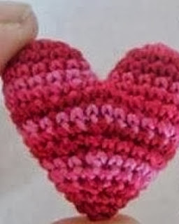 http://sucrochet.blogspot.com.es/search?updated-max=2013-11-09T00:48:00-08:00&max-results=7&start=5&by-date=false