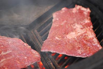 buenos aires heart stopper, skirt steak, big green egg skirt steak recipe, grill dome skirt steak recipe