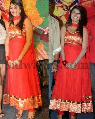 New Actress in Sleeve Less Salwar